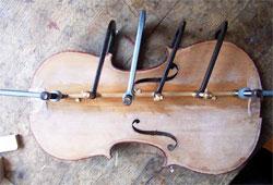 Reparatur Violine Bassbalken MeinelGeigen